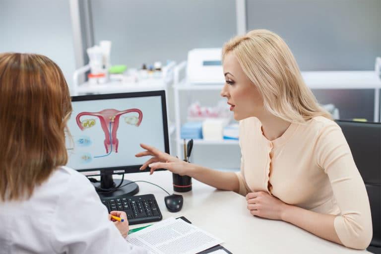 Gespräch beim Frauenarzt